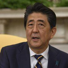 """Japonijos premjeras tikisi surengti """"visavertę"""" 2020-ųjų olimpiadą"""