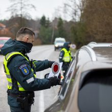 Po netikėtų patikrų Klaipėdos pareigūnai pastebi: gyventojų mobilumas sumažėjęs