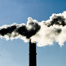 Seime stringa pataisos dėl anglies dioksido laidojimo