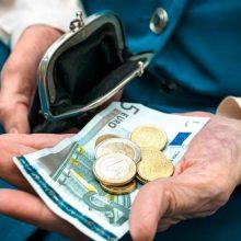 Neraminantys skaičiai: kas septintas lietuvis mano, kad teks prašyti šalpos pensijų