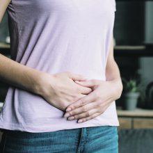 Žarnyno susirgimai gresia vis jaunesniems pacientams: į kokius simptomus atkreipti dėmesį jau dabar?
