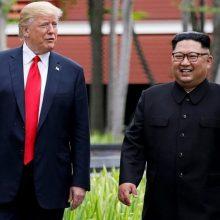 D. Trumpas sako vertinantis Rusijos ir Kinijos pagalbą derybose su Šiaurės Korėja