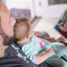 Besimokantiems tėvams – puikios žinios: išmokas gaus dvigubai ilgiau