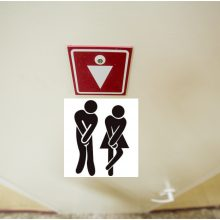 Situacija mokykloje išspręsta: berniukams ir mergaitėms nereikės naudotis tuo pačiu tualetu
