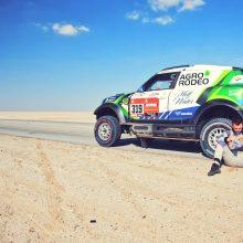 """Antrąją Dakaro maratono dieną """"Agrorodeo"""" komandą stabdė išsikrovęs akumuliatorius"""