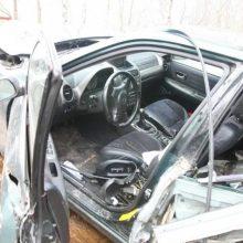 """Girtas """"Lexus"""" vairuotojas Klaipėdoje nesuvaldė automobilio: trenkėsi į medį"""