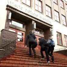 Klaipėdos abiturientai grįžta į mokyklas
