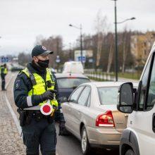 Klaipėdiečius vėl stabdė patikros postai: policija apgręžė apie pusšimtį vairuotojų