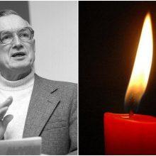Mirė rašytojas, buvęs Seimo narys A. Pocius