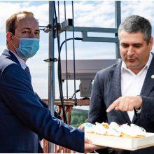 Susisiekimo ministro vizito proga – vaišės už Neringos savivaldybės eurus