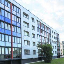 Efektyvesnė daugiabučių renovacija: ekspertai akcentuoja vėdinimą, vidinės balkono sienos šiltinimą