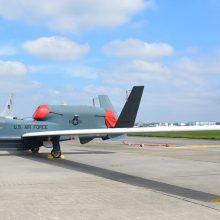 Virš Lietuvos – NATO lėktuvų desantas