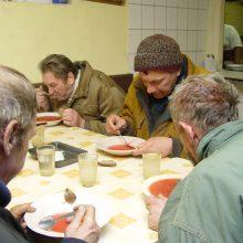 Per karantiną uostamiesčio bėdžiai liko be valgyklų: padėtis nėra beviltiška?