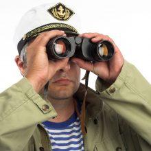Jūrininkai SOS signalo dar nesiunčia?