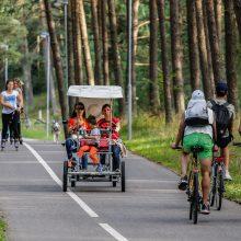 Beda pirštu į pajūrio dviračių takus: pasigendama šiukšliadėžių