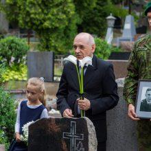 Jūrų karininko palaikai atgulė Kaune