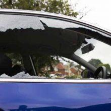 Klaipėdoje diena iš dienos niokojamos mašinos: savininkai patiria tūkstantinius nuostolius