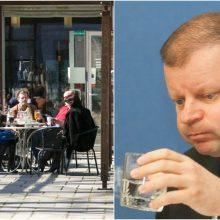 Premjeras: žmonės skęsta ne dėl to, kad prisigeria lauko kavinėse