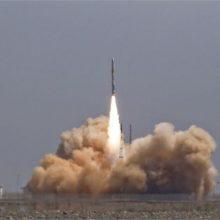Kinija paleido pirmąją privačią palydovus galinčią nešti raketą