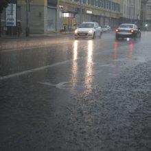 Orai: po sausesnio savaitgalio vėl atslinks lietūs