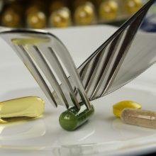Aspirinas agurkams ir bulvės, pagardintos vitaminu C – seni receptai yra pavojingi?