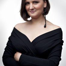 Dainininkė K. Žaldokaitė.