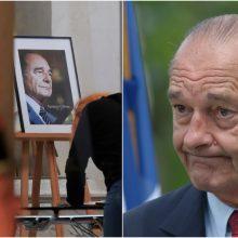 Paaiškėjo, kada Paryžiuje įvyks vieša atsisveikinimo ceremonija su J. Chiracu
