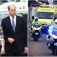 Princo Williamo ir jo žmonos kortežo motociklas partrenkė senolę