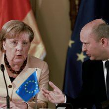 A. Merkel per atsisveikinimo vizitą: Izraelio saugumas išliks prioritetu