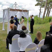 Jaunavedžių nerimas: prie jūros vestuvių nebebus?