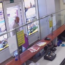 Vilniuje pavogtas mobilaus ryšio telefonas (policija ieško šio vyro)