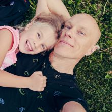 Menininkas A. Kriščiūnas: džiaugsmas ir prasmė yra santykyje su vaikais