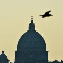 Vatikano nuncijus kalbėjosi su Paryžiaus policija dėl įtarimų lytine prievarta