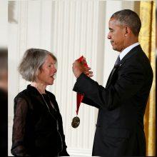 Šių metų Nobelio literatūros premija skirta poetei L. Glück
