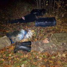 Į pasieniečių pasalą Ignalinos rajone pateko trys kontrabandinių rūkalų gabentojai