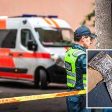 Partizanų gatvėje įsiveržta į butą: vyras nuo užpuolikų gynėsi kirviu