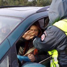 Pavojus uostamiesčio gatvėse tęsiasi: siautėjo girti vairuotojai