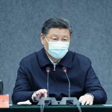 """Kinijos prezidentas: koronaviruso epidemija Hubėjuje """"iš esmės suvaldyta"""""""