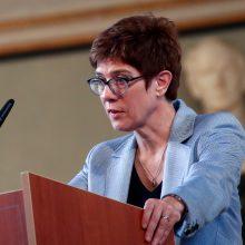 Naująja Vokietijos gynybos ministre paskirta Krikščionių demokratų sąjungos lyderė