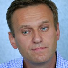 Iš ligoninės išrašytas A. Navalnas bus grąžintas į areštinę: nepaisoma apnuodijimo