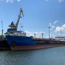 Ukraina areštavo praėjusią savaitę sulaikytą Rusijos tanklaivį