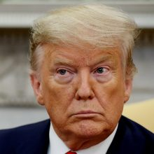 Buvęs Baltųjų rūmų personalo vadovas pažėrė kritikos D. Trumpui