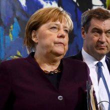 A. Merkel: anksti galvoti apie ribojimų švelninimą
