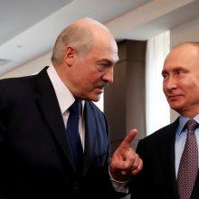 A. Lukašenka pirmadienį susitiks derybų su V. Putinu