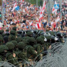 """""""Viasna"""": Baltarusijoje politizuotose bylose vasarį nuteista daugiau nei 100 asmenų"""