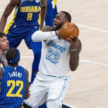 """Be D. Sabonio žaidusi """"Pacers"""" nusileido L. Jameso sulaukusiai """"Lakers"""""""