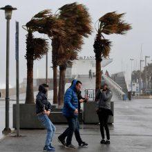 Ispaniją užklupo gausus sniegas, lietus ir štorminiai vėjai: žuvo du žmonės