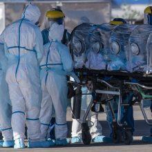 Mokslininkų prognozės: JAV iki lapkričio COVID-19 aukų skaičius gali pasiekti 208 000