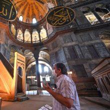 Turkijos teismas spręs dėl siūlymo Stambulo Švč. Išminties soborą paversti mečete
