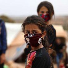PSO ir UNICEF rekomenduoja dėvėti kaukes vaikams nuo 12 metų